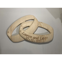 3D Interlinked wedding rings.