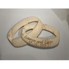 3D Interlinked wedding rings.